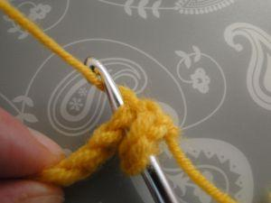 yarn round hook again