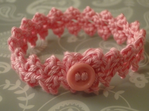 Pink Buttonbraid bracelet