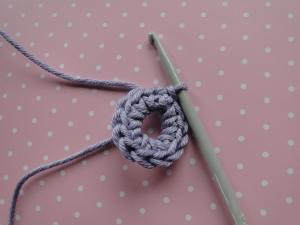 Round 1 of bloom lace crochet flower pattern