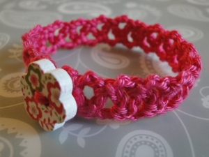 Simple Chainlace Bracelet with button