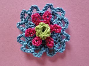 Budette, Droploop Picot, Granny's Flower
