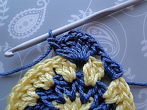 Crocheting the corner