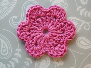 roundish flower in pink