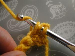 yarn round hook