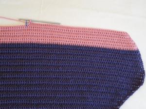 Row 59 - now we work shorter rows for the two top parts of the heart