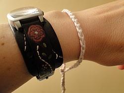 Simple cream chain bracelet