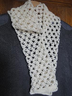 cream solomon's knot scarf