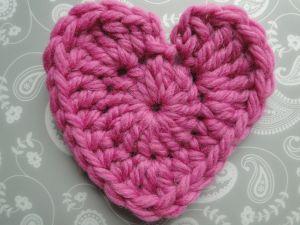 Super bulky yarn for the heart