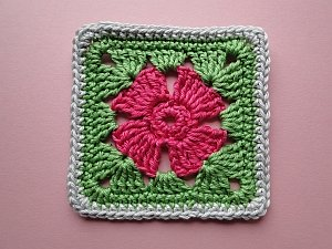 Flower square with plain border
